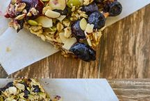Oatmeal Superfood Breakfast Bars: loaded with protein, clean, healthy ingredients - perfect way to start your day, (gluten-free and vegetarian) |