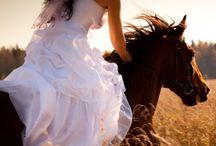 Atlı kadın