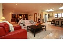 4 Bed Living Room Area