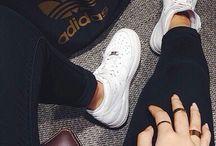 sneaker chick