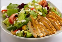 Chicken Salad with Almonds / Prepare this salad for an evening meal during the hot summer months. It also serves well as a delicious but quick luncheon or potluck dish. You can't beat the tasty combination of chicken, grapes and almonds. http://bestlifeblueprint.bizblueprint.com/healthy-recipies/chicken-salad-with-almonds