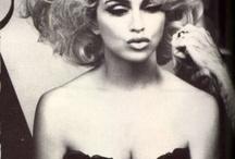 Madonna singer fashion icon / Fashion icon