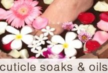 Foot and Hand Soaks you can make / Diy foot and hand soaks for tired feet and hands. Remove excess skin, soothe aching feet and treat ailments such as atheletes foot, dry skin and the itchies. All naturally!