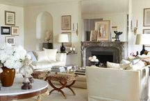 Living rooms / by Nicolle Martinbor