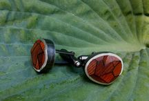 Wood jewellery / Jewellery with #exotic #wood  Totally handmade #brut #nature #style #original #design #woodlover Follow me on http://sylvaineart.com/?s=wood