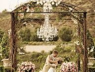 Wedding Ideas..for someday:) / by Kelsey Cornelius