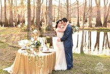 Outdoor weddings / outdoor weddings, with Spanish moss, ponds, and sequin tablecloths