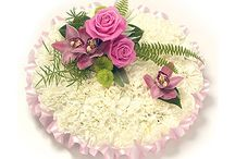 Memorial flowers / Flower arrangements in sympathy