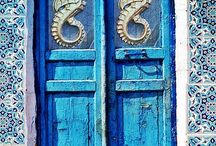 Greek doors / Loving old greeks doors. Maybe in the future one will be mine! ;)