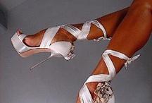 Women LOVe their heels..