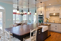 Mixed kitchen cabinets