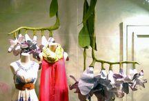 Оформление витрин/Window / Концептуальный декор витрин и шоу-румов. Креативное оформление выставочных стендов. Декор прилавка. Бумажный декор.  #декорвитрин #витрина #оформлениевитрины #концепт #шоурум #прилавок #выставочныйстенд