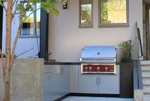 Sherwood Outdoor Kitchens - Southlands Project / A contemporary outdoor kitchen designed and installed by Sherwood Outdoor Kitchens, Vancouver, BC