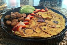 Paleo meals / by Robyn Esquivel