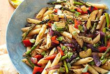 RECIPES-Salad Bowl / by Carrie Rasmussen