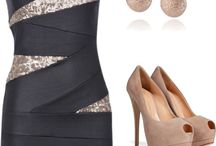 Outfits / by Daphne Volk