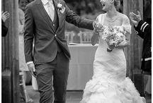 Fun wedding Photos / Creating fun wedding photos that actually are funny. Fun wedding photo ideas for the guys, the couple or the bridesmaids