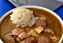 Home- Kitchen recipe Gumbo / by Wanda Caro