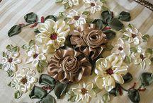 Sidenbandsbroder -silk ribbon embroidery