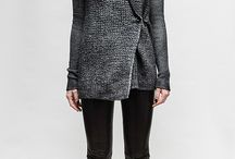 Cool momma style / Minimalism, lots of black, layers, comfy, leather, chunky knits, cozy, stripes, worn...