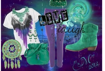 Just Me / Alot  of what I like to wear, and just having fun putting things together..... / by Valerie (Mizzy) Hulse