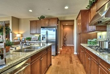 Design: Dream Kitchens / by Loring Hammond
