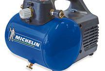 Compresores Michelin / Los compresores eléctricos Michelin satisfacen cualquier necesidad: compresores monoblock portátiles, correas con ruedas y correas fijo,