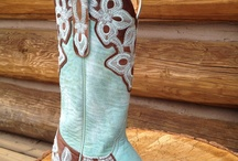 Cowgirl Boots / http://jewelryladyredriver.com