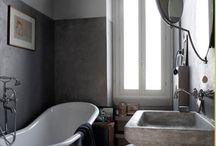 Bedroom & Bathrooms