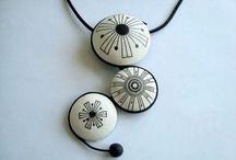 Jewellery - smykker / Ringe, armringe, brocher