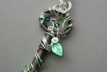 DIY  Bangles & bracelets / Hand and Wrist Jewellery