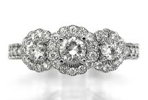 BRIDAL: COMPLETE RINGS / All styles of engagement rings from traditional style to the most modern, including custom designs