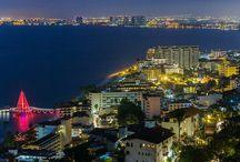 Riviera Nayarit / Un hermoso corredor turístico frente a la zona costera del Océano Pacífico, aquí donde puedes descubrir y también disfrutar de sus hermosas playas o la famosísima Isla Marietas, además podrás practicar actividades como Surf, Snorkel, recorrer sus encantadores Pueblos y más... ¿Estás listo para conocer Riviera Nayarit?