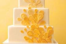 Cakes that I Love / by Karina Garcia