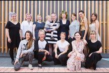 """Kochbuch """"Vegan Queens"""" / Mein zweites Kochbuch erschien 2016 und heisst """"Vegan Queens"""". Das sind 12 Unternehmerinnen, Köchinnen, Bäckerinnen und Erzeugerinnen, in einer immer noch männlich dominierten Industrie, auch ihre Leidenschaft zum Beruf gemacht haben und den Leserinnen und Lesern ihre Erfolgsrezepte verraten!  Vorspeisen, Hauptgänge, Desserts, Kuchen, Drinks, Raffiniertes,  Die VEGAN QUEENS und die Rezepte aus Sophias veganer Welt vermitteln Genuss, Inspiration und Lebensfreude pur!"""
