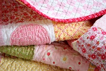 Cozy Quilts / by Judy ♥ daily yarns