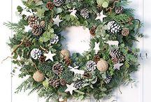 vianočné vence a výzdoba