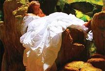 Trash the Dress! / Amazing photos of trashing the dress!