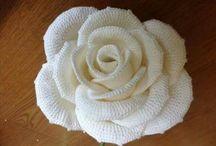 Rosa crochet flowers