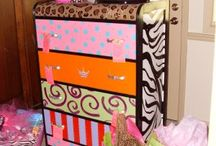 FUNKY/FUN painted furniture / by Candi Palmier