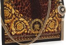 Purses, clutches & handbags
