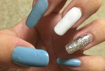 Self nails