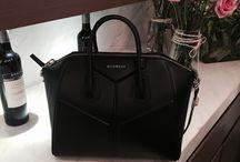 [handbags]