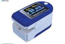 SATURIMETRI / Pulsiossimetri portatili da dito, a raggi infrarossi, che permetteno la misurazione della saturazione di ossigeno e della frequenza cardiaca.