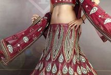 Bridal Dress Designers / Women loves to wear latest fashionable and stylish clothes.Get here a great variety of beautiful and elegant bridal dresses designed by different designers.Some of the beautiful and amazing designs for bridal dresses are provided here.