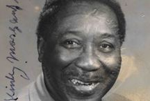 Muddy Waters / http://oigofotos.wordpress.com/2014/05/01/muddy-waters-del-primitivo-blues-rural-del-delta-al-crudo-sonido-electrico-del-blues-de-chicago/