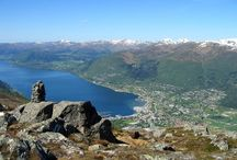 Eid / Eid is located in the middle of the Nordfjord region, and is known for opera, Malakoff Rockfestival, the Fjord Horse, skiing and hiking.