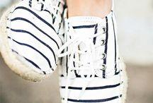 Rayas Marineras / Navega hacia el verano con el estilo navy, un clásico que nos enamora http://chezagnes.blogspot.com/2016/06/navy-style.html #navy#rayasmarineras #fashion #moda #streetstyle
