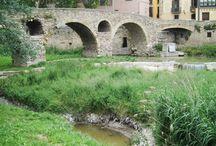 Pont romànic de Queralt. Segle XI. Puente románico de Queralt. Siglo XI. Vic Barcelona.