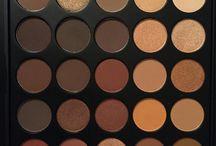 makeup paletts